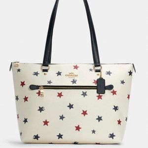 Coach Gallery Tote In Star Print